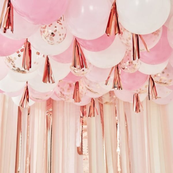 mix-179_balloon_ceiling_with_tassels-min